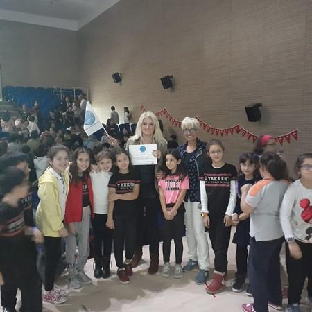 Oyakkent İlköğretim Okulunda Sosyal Bir Proje