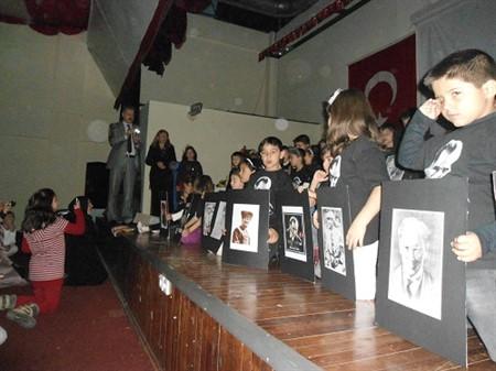 Başakşehirde Okullarda 10 Kasım Kutlandı
