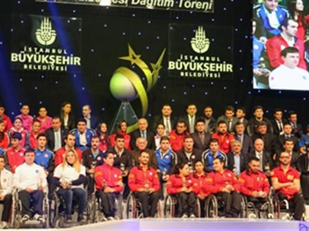 2013 İstanbul Spor Ödülleri sahiplerini buldu