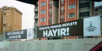 Başakşehir STK'dan Sürece Pankartlı Tepki