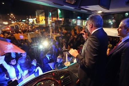 Başakşehir, Mevlüt Uysal'la yola devam dedi