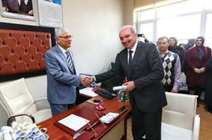 Başkan Mevlüt Uysal Mazbatasını aldı