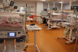 Gebelerin COVID-19 olması bebekleri etkiliyor mu?